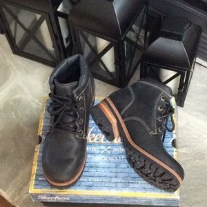 Skechers Boots Size 7
